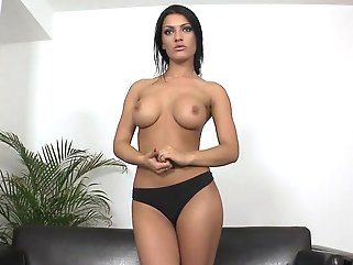 big tits solo female